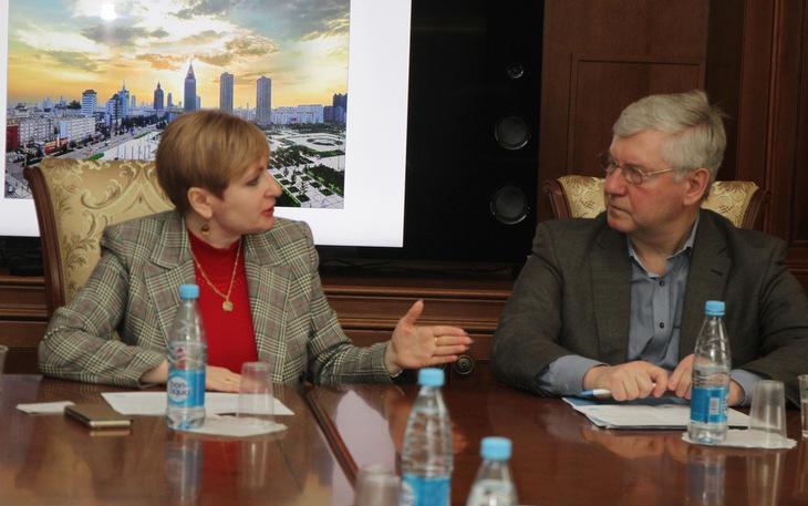 В Профессорском клубе Финансового университете при Правительстве Российской Федерации состоялся круглый стол