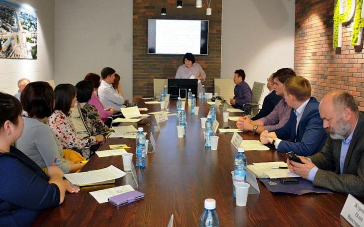 В Алтайском филиале РАНХиГС при поддержке ИЦ «Гарант» прошел межвузовский круглый стол